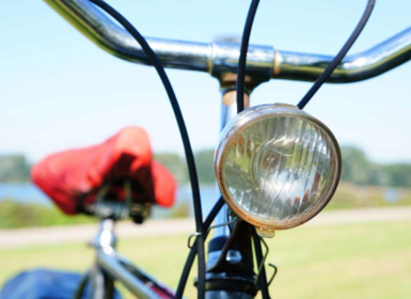 Aantal boetes voor fietslampjes verdubbeld | Fietsen123