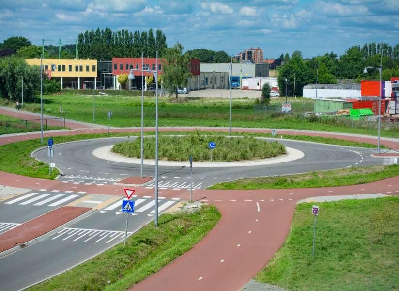 Rotondes waar fietsers voorrang krijgen? Ik houd ervan!
